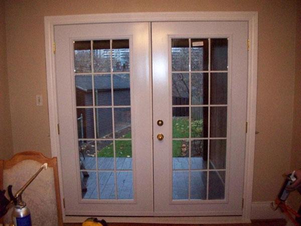 24 Custom Window Designs